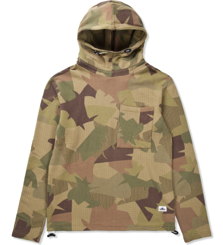 Penfield Jungle Camo Lisman Hooded Sweater | Hypebeast Store