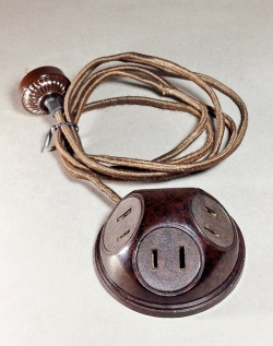 1930-40's 【4-outlet】Extension Cord - FUNNY SUPPLY