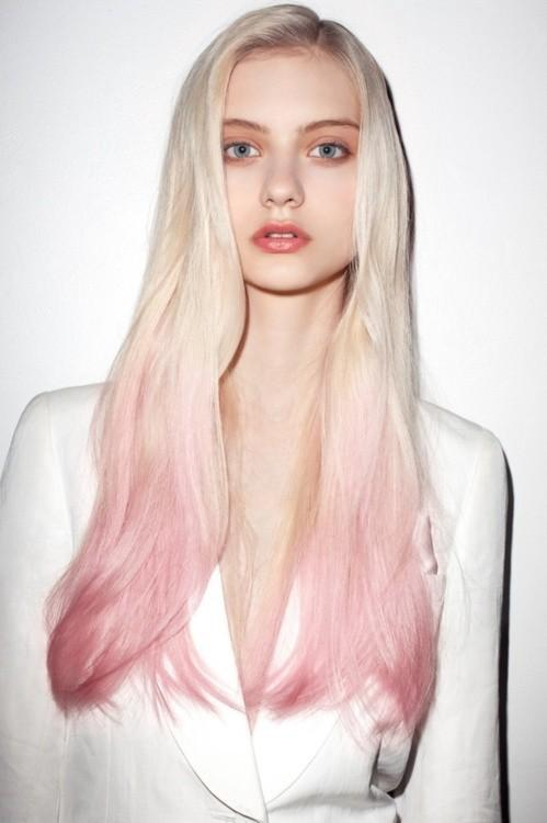 Long platinum blonde hair with pink dip dye - Hairstyles and Beauty Tips