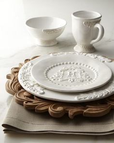 Gorgeous charger.../   Table decor