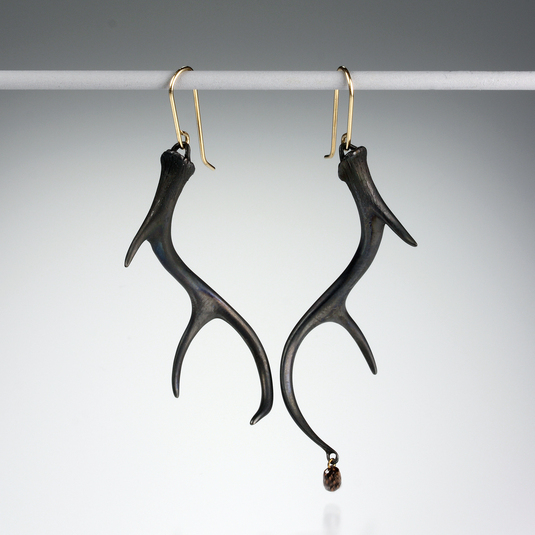 Quadrum - Small Antler Earrings with a Diamond