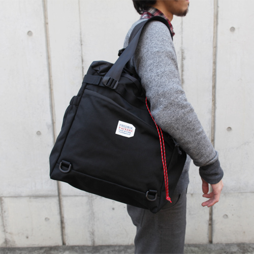 *STROLL TOTE(S)* BLACK X RED - FREDRIK PACKERS