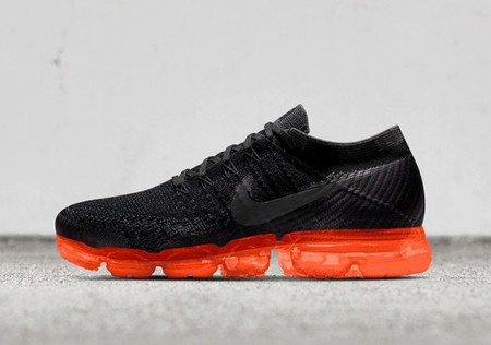 VaporMax iD - Black/Solar Orange?