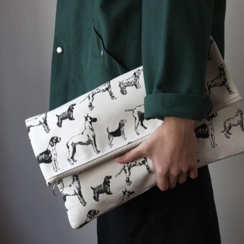TEMBEA clutch bag/dogs red×red|online shop