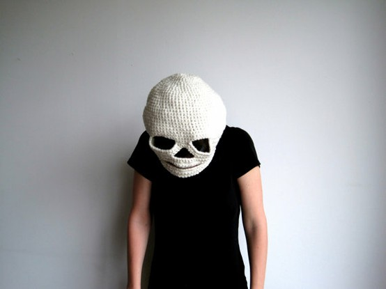 Crochet / Halloween Mask - Crocheted Skull