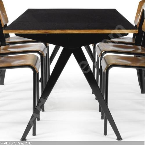 "Détail de l'image -PROUVÉ Jean,""COMPAS"" DINING TABLE, MODEL 512,Sotheby's,New York"