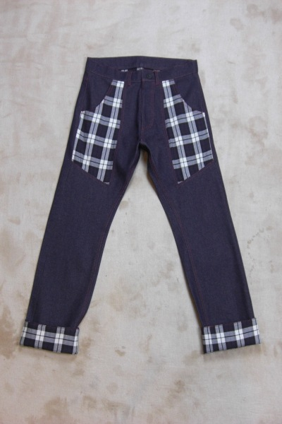 CONTRAST JEANS - A Child of the Jago