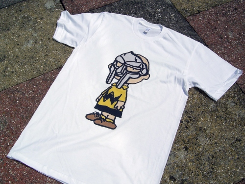 "The supervillain ""MF DOOM"" X Charlie Brown T-Shirt 
