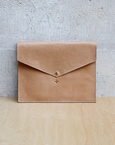 "Mohawk General Store | ""Day for Night"" Clutch in Natural"