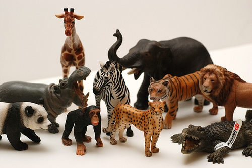 RaJen Review: Schleich Toys ≪ RaJenCreation