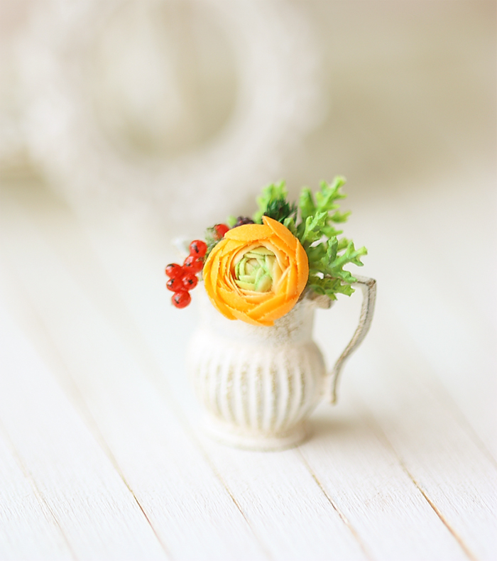Dollhouse Miniature Flower - Orange Ranunculus Flower Arrangement | Luulla
