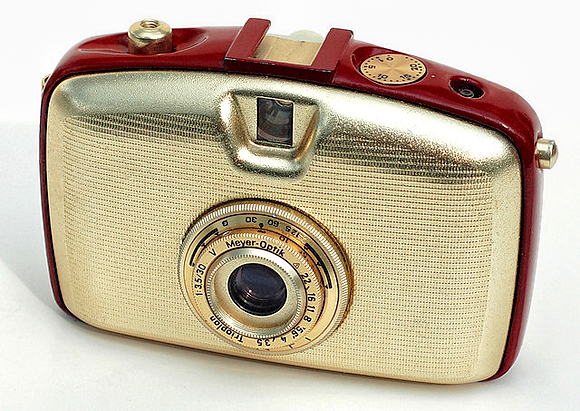 46-vintage-cameras-a-buyer-s-guide-for-photographers-pentacon-penti.jpg 580×411 ピクセル