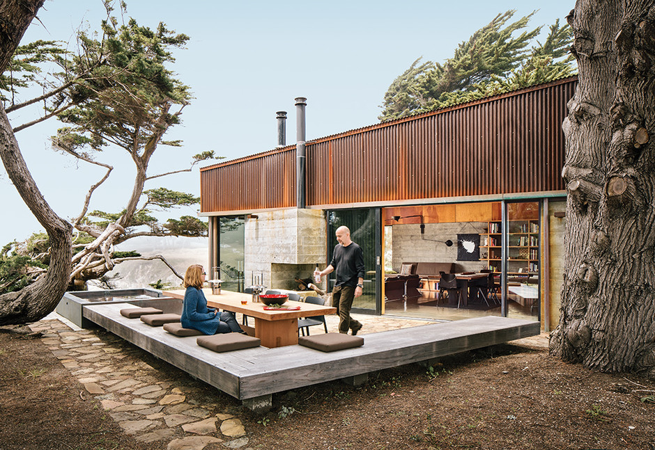 Slideshow: Modern Home Joins a Storied Site on the Pacific Ocean | Dwell