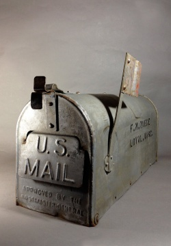 """Early 1920's """"Galvanized Steel """" RURAL U.S. MAILBOX - FUNNY SUPPLY"""