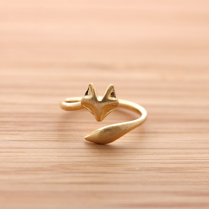 Fox Tail Adjustable Ring In Matte Pink Gold on Luulla
