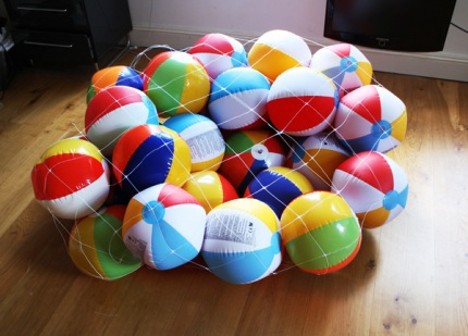 Day 11: Beach Ball Chair « Variations on normal by Dominic Wilcox