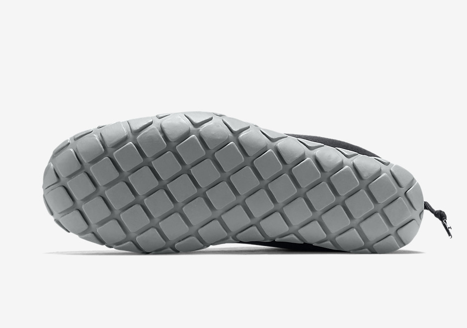 Nike's Classic Air Moc Gets Built With Tech Fleece - SneakerNews.com