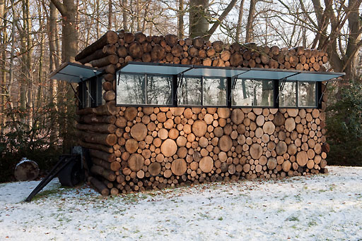 thomas mayer_ archive/Architecture/projects/log house study Hans Liberg/log house office on wheels