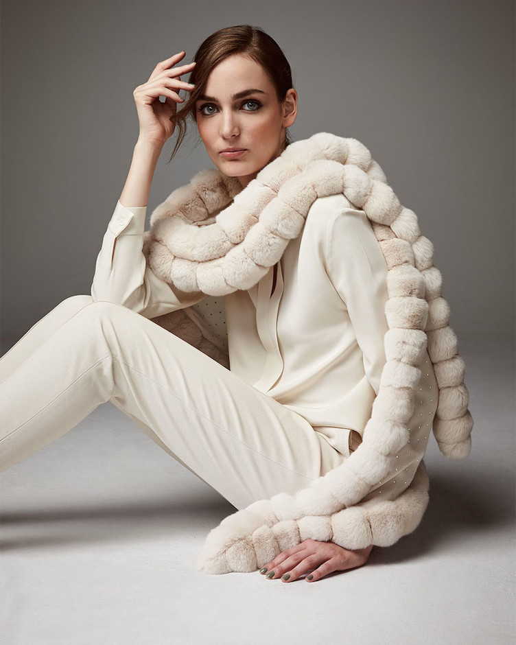 Fashion Seeker // Loro Piana Oval Chinchilla Fur Crystal Wrap – NAWO