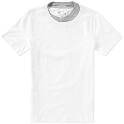 Double layered neck T-shirt