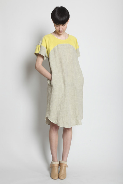 Totokaelo - COSMIC WONDER Light Source - Crystal Sleeve Dress - Citron