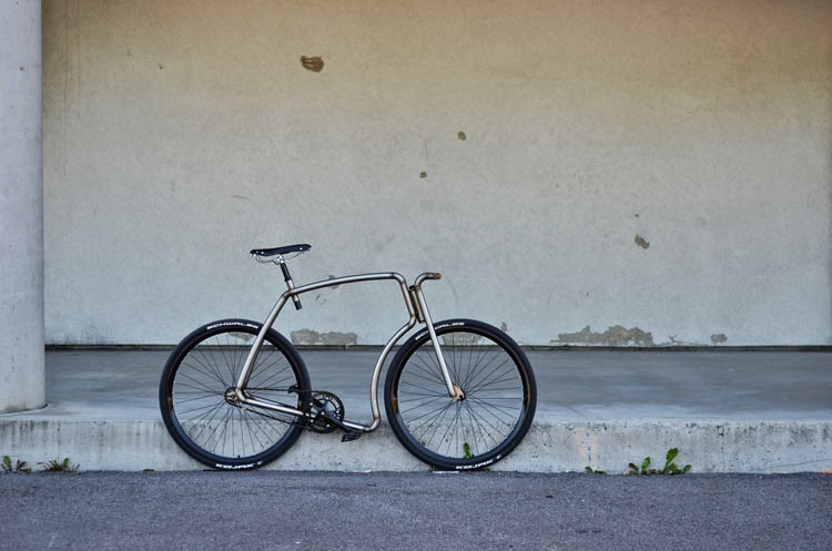 "RocketGarage Cafe Racer: Viks ""Raw"" STEEL URBAN BICYCLE"