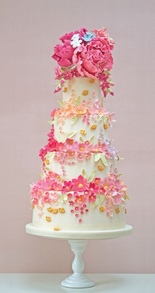 Cakes with Flowers / Amazing Tiers of Flowers