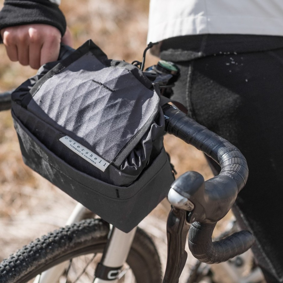OUTER SHELL ADVENTURE Drawcord Handlebar Bag – Circles / サークルズ