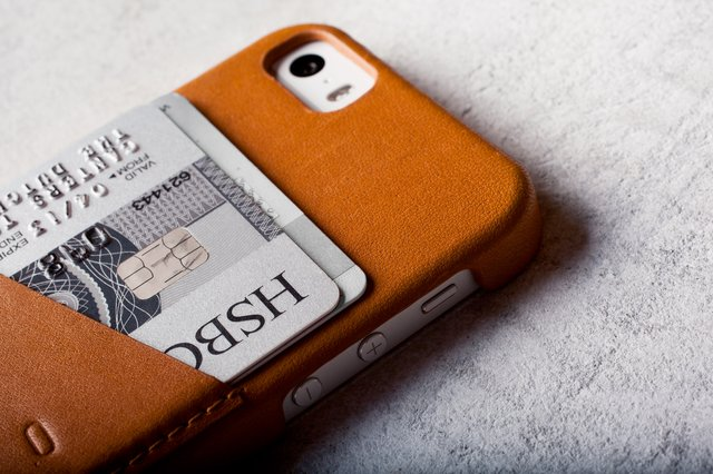 Fancy - Mujjo Leather iPhone 5/5s Wallet Case