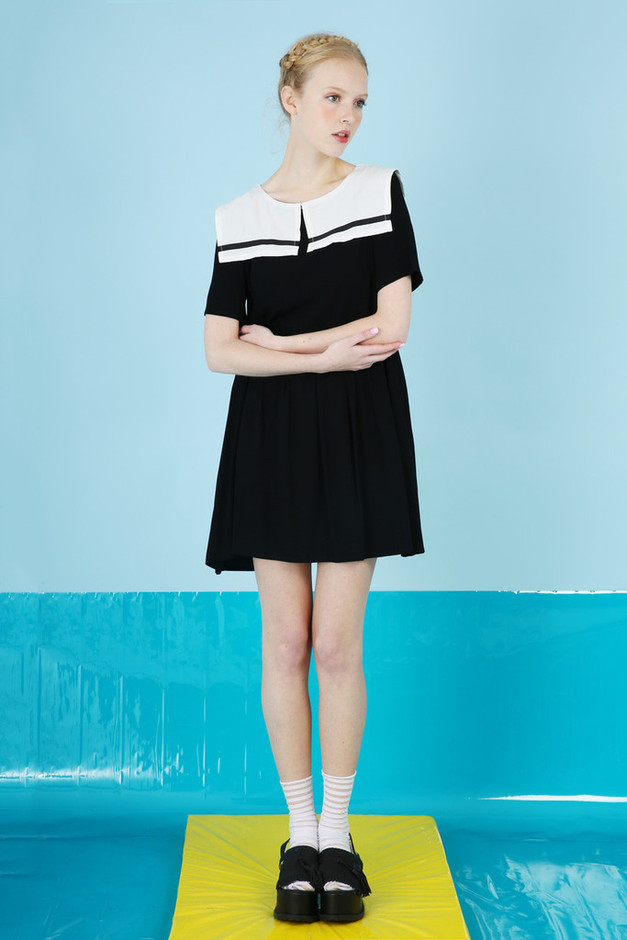 T-Shirt Sleeve Sailor Smock Dress Black - THE WHITEPEPPER