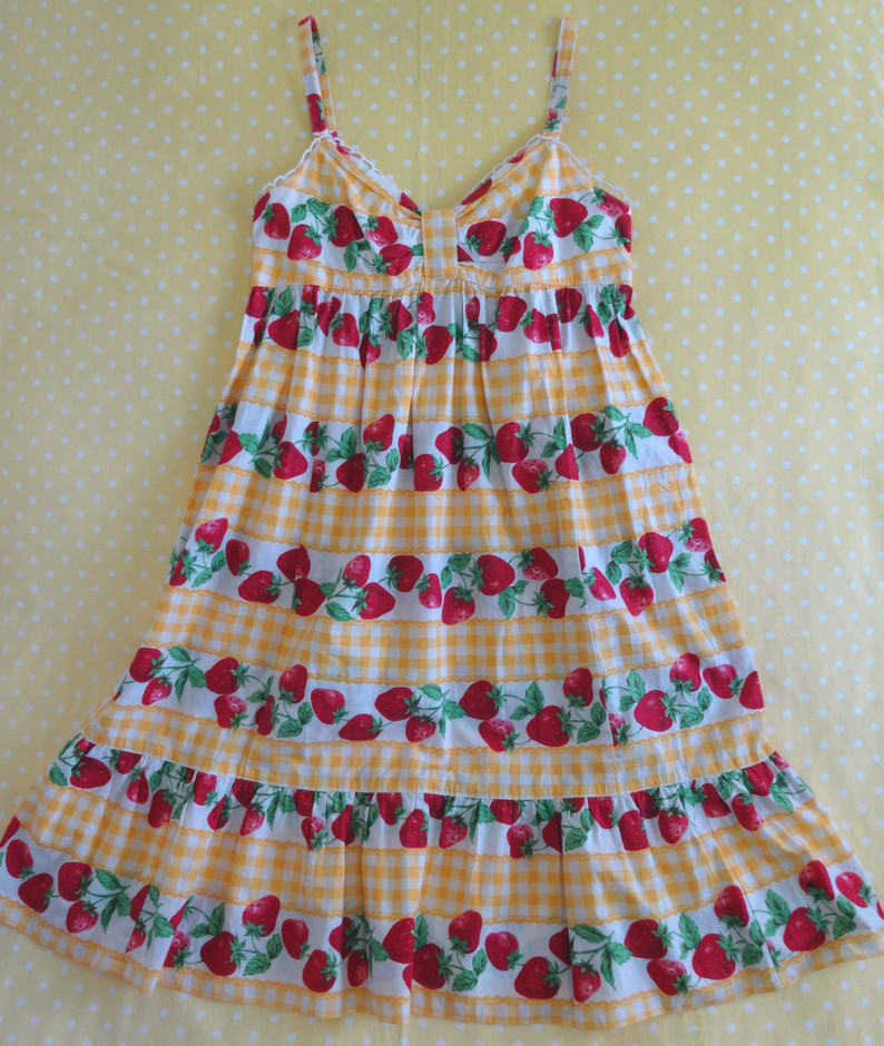Emily Temple Cute Strawberry Gingham JSK « Lace Market: Lolita Fashion Sales and Auctions