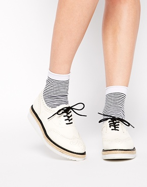 New Look | New Look Limehouse White Sole Flatform Shoes at ASOS
