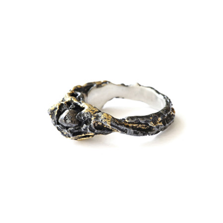 Hide & Seek Ring - Black & Gold