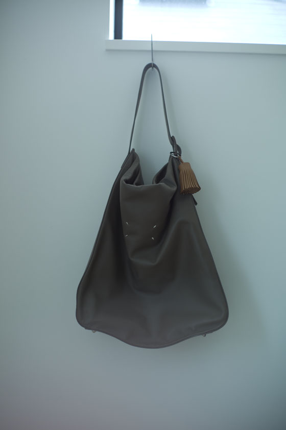 Leather Shoulder Bag Womens | LIVING IN A BORING NATION