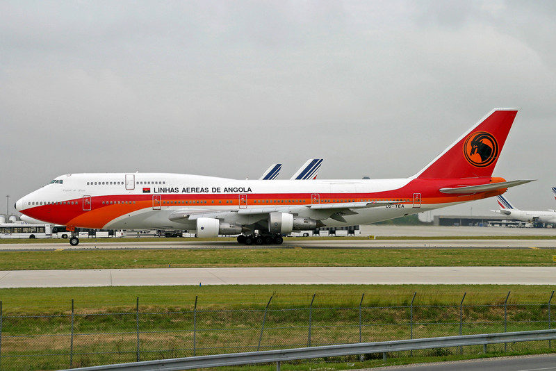 File:TAAG Angola Airlines Boeing 747-300M D2-TEA CDG 2005-6-16.png - Wikipedia, the free encyclopedia