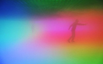 olafur-eliasson-your-atmospheric-color-atlas-in-a-rainbow.jpg 400×250 像素