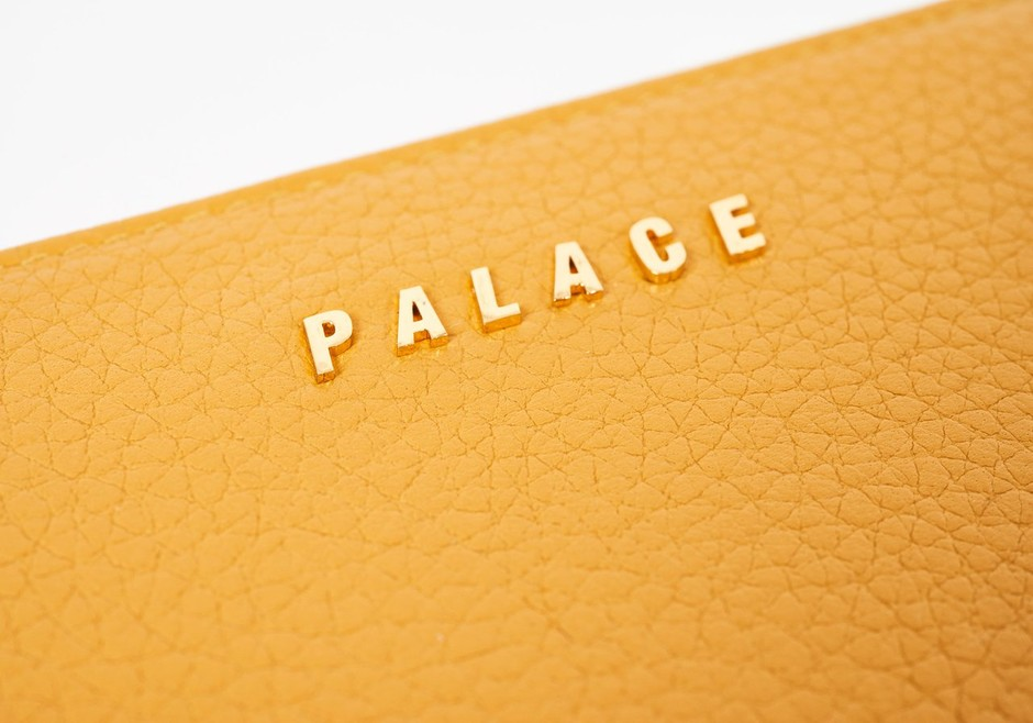 LEATHER WALLET YELLOW | Palace Skateboards Japan