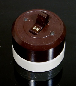 """Lighting&Electric - 1940's """"Porcelain Base"""" Bakelite-cover Switch【Dead-Stock】 - FUNNY SUPPLY □ Antiques ■"""