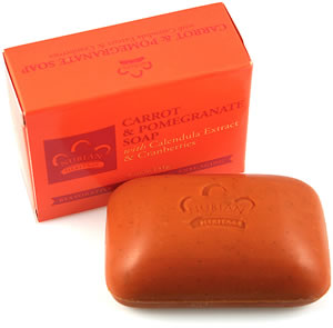 Google 画像検索結果: http://www.blackbusinessnetwork.com/Site/Graphics/Products/Soap/P_NubianHeritage_Soap_CarrotPomegranate.jpg