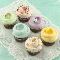 Baked Goods: Cupcakes: Classic: Magnolia Bakery