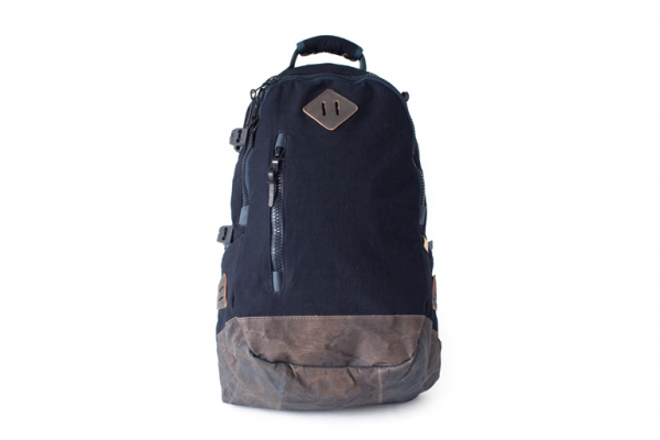 Visvim-Spring-Summer-2012-Lamina-20L-Backpack-02.jpg 600×400 ピクセル