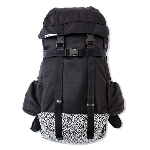 ×immun. LIBERTY BACKPACK   COLLECTION   CASH CA   カシュカ