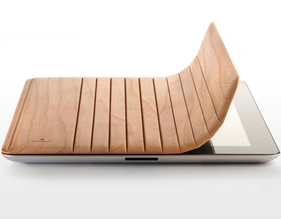 gadgets / Mk2 Wood iPad Cover by Miniot
