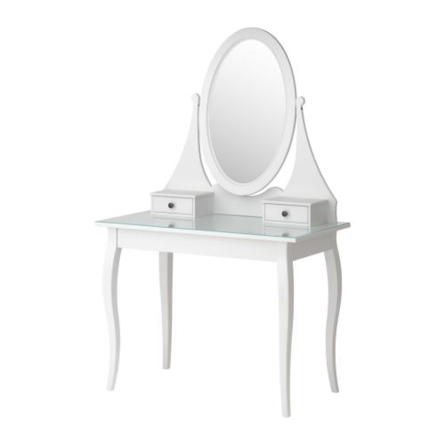 Google 画像検索結果: http://www.ikea.com/gb/en/images/products/hemnes-dressing-table-with-mirror__81064_PE205599_S4.JPG