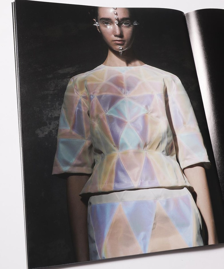 ANREALAGE OFFICIAL ONLINE SHOP | 15th BOOK ANREALAGE 26
