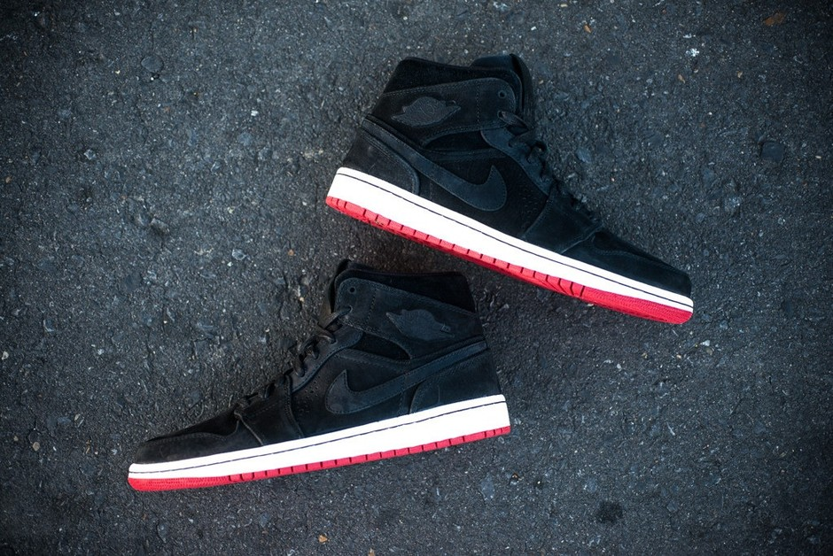 Preview: Air Jordan 1 Mid | Black, White & Red