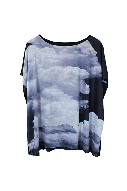 Oversized Batwing Clouds Printed Black T-shirt [NCTA0004] - $30.99 :