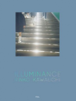 Amazon.co.jp: Illuminance: 川内倫子: 本
