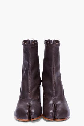 Maison Martin Margiela Dark Brown Leather Tabi Boots for Women | SSENSE