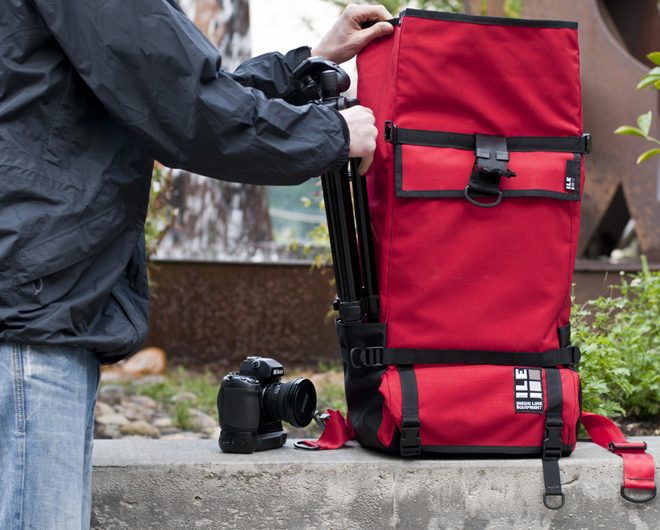 hayabusa.bz | 「究極」の名を持つ『The Ultimate Photographers Bag』